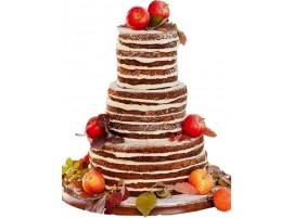Свадебный торт с клубникой, голубикой, смородиной и цветами из мастики