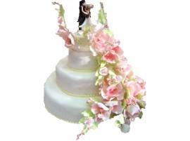 Белый свадебный торт с цветами № 201