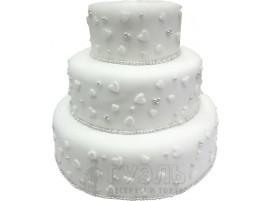 Трехъярусный белый свадебный торт с сердечками № 345