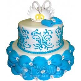 Свадебный торт с фигурками лебедей № 444